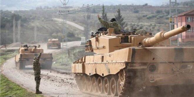 تركيا تسحب مدرعاتها من الحدود السورية باتجاه اليونان.. شاهد!