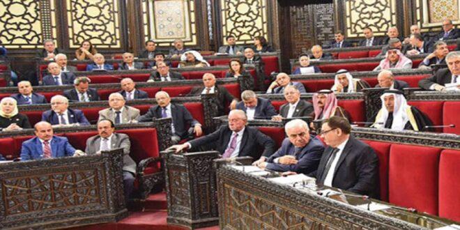 """نواب يطالبون الوزراء بتصريحات """"غير استفزازية"""" للمواطنين"""