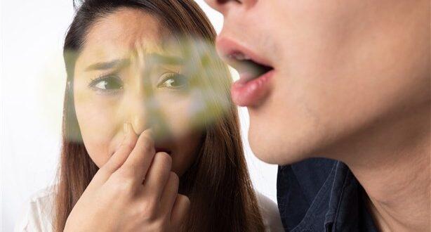 امراض تسبب رائحة الفم الكريهة.. ماهي؟؟!