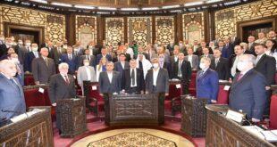 الحكومة السورية تطرح أولوياتها أمام البرلمان: زيادة الدخل وفق المتاح