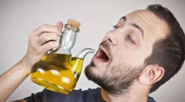 فوائد شرب زيت الزيتون على الريق .. مفيد لصحة القلب والتخسيس