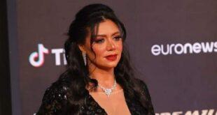 حمالة صد ر رانيا يوسف تعرضها للانتقادات في مهرجان الجونة السينمائي