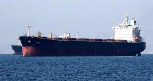 مصدر في وزارة النفط: لبنان يوقف ناقلات النفط السورية
