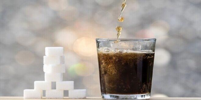 ليست أفضل من العادية.. دراسة صادمة تكشف خطر مشروبات الحمية على صحتنا!