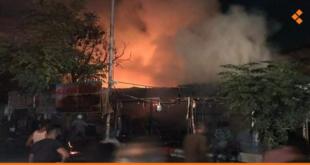 احتراق عدد من الخيم داخل سوق في ضاحية قدسيا بدمشق