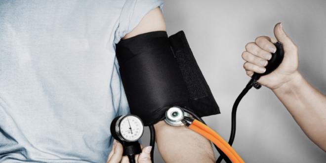 علامة في أنفاسك قد تعني وصول ضغط الدم إلى مستويات حرجة!