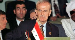 بندر بن سلطان: أبو عمار كان يريد الموافقة على كامب ديفيد لولا حافظ الأسد