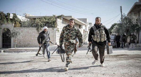 """هجوم بأسلحة """"كاتمة للصوت"""" على موقع ل""""تحرير الشام"""" في إدلب"""