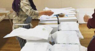 لاجئة سورية تشارك بإطعام مئات المحتاجين في بريطانيا