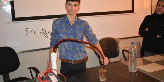 سوريا.. طالب يصنع جهازاُ يوفر 50% من البنزين المستخدم للمركبات