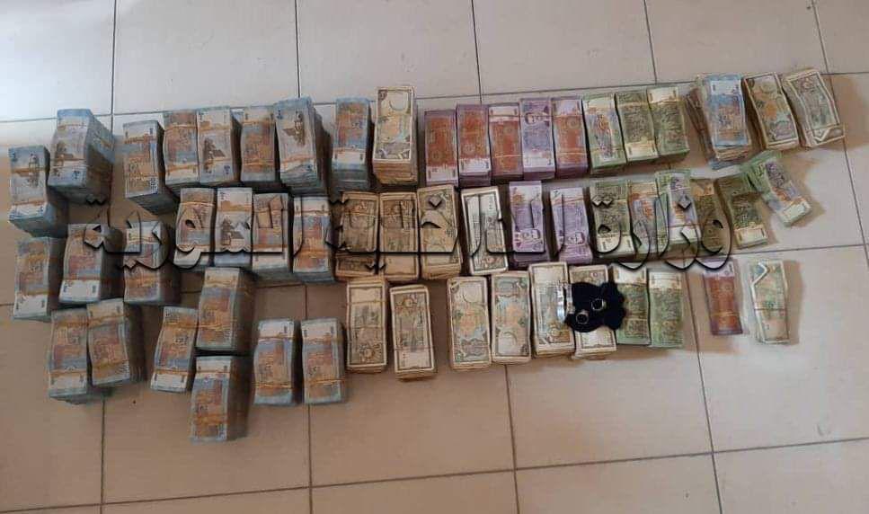 جرمانا: سرقت بالاشتراك مع صديقها 4000 دولار 5000 يورو ومصاغ ذهبي