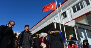 برلماني تركي: لولا السوريين لانتهت صناعتنا!