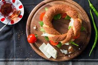 طريقة تحضير كعكة السميت.. يتناولها غالبية الأتراك على وجبة الإفطار