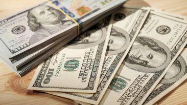 كيف تربح اليانصيب.. بحسب خبير اقتصاد ربحها 14 مرة