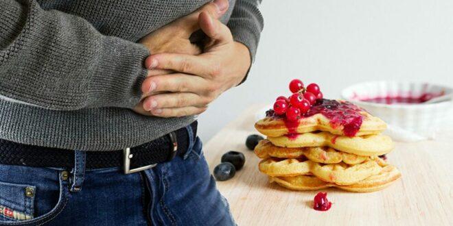 5 أعراض تكشف عن خلل بالجهاز الهضمي
