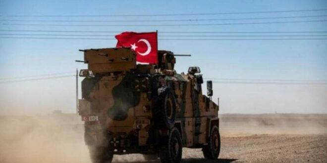 الجيش التركي يبدأ بإخلاء نقطتين محاصرتين في إدلب وحلب