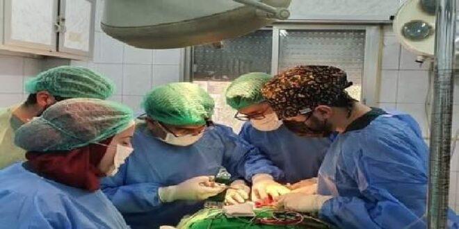 عمل جراحي نوعي في مشفى بحلب..استئصال ورم سرطاني من شفاه رجل مُسن