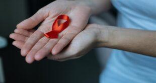 5 معتقدات خاطئة عن مرض الإيدز