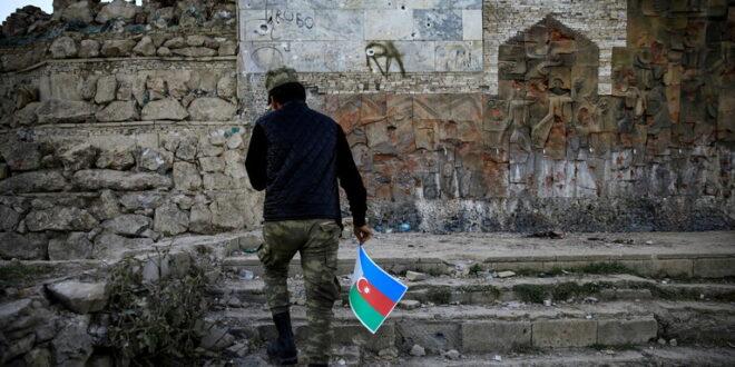 """أذربيجان تعلن سيطرتها على """"قلب الأرمن النابض"""""""