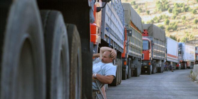 تراجع تجارة سوريا عبر نصيب.. ومسؤول يوضح السبب!