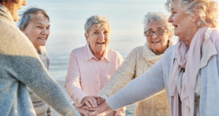 لحياة طويلة.. 9 عادات يخبرك بها أشخاص تجاوزت أعمارهم 100 عام