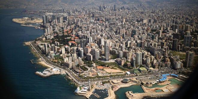 في ظاهرة غير مألوفة ثلوج تتساقط في بيروت