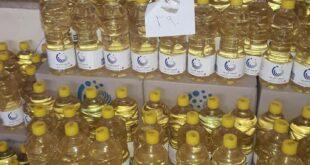 زيت دوار الشمس في صالات السورية للتجارة ب 3900 ل.س لليتر الواحد