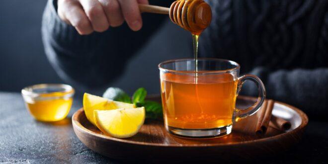 ما اهمية شرب كوب من الماء والعسل على الريق؟