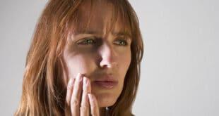 متى تكون تقرحات الفم علامة على الإصابة بالسرطان؟