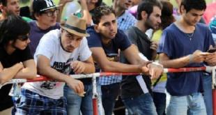 السوريون يحافظون على صدارة طالبي اللجوء في أوروبا