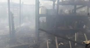 حريق ضخم يأتي على 15 خيمة للاجئين سوريين في لبنان