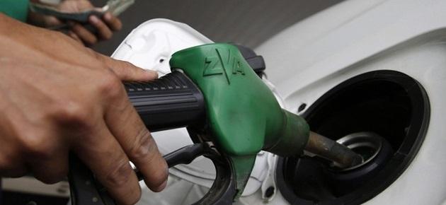 التموين: رفع البنزين سببه تعديل رسم التجديد السنوي للسيارات