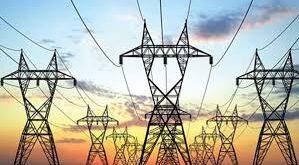 وزير الكهرباء: نزود قرية لبنانية واحدة فقط بالكهرباء