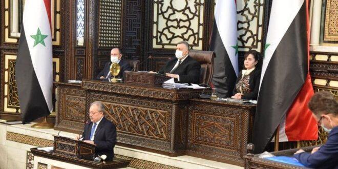 رئيس الحكومة: اعتراض 7 ناقلات نفطية كانت متجهة إلى سورية سبب توقف مصفاة بانياس