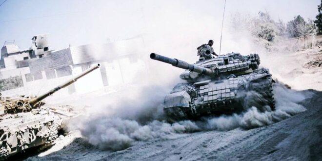 الجيش السوري يستقدم تعزيزات ضخمة إلى كفرزيتا شمال حماة