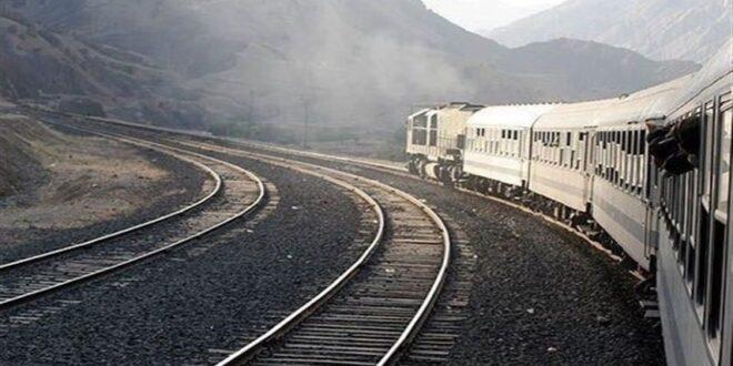 وزير النقل الإيراني يكشف عن مشروع الربط السككي بين إيران وسوريا والعراق