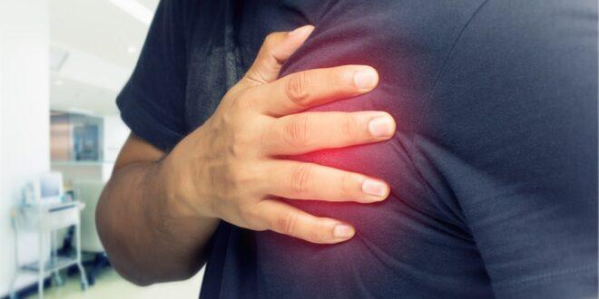 كيف تميزون بين الذبحة الصدرية والجلطة القلبية؟