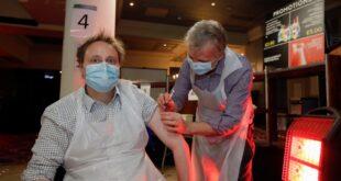 """انتشار الفيروس أصبح """"خارج السيطرة"""".. لندن تعلن حالة الطوارئ والمستشفيات تتعرَّض لخطر العجز"""