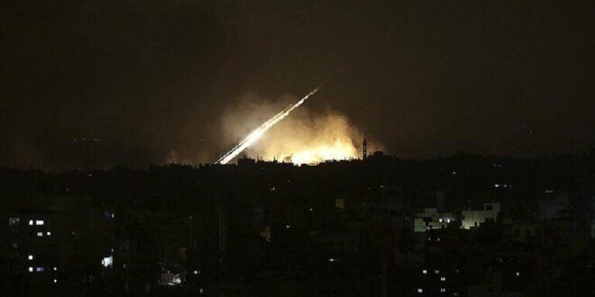 """اللحظات الأولى للقصف الذي طال منطقة """"البوكمال"""" السورية ..فيديو"""