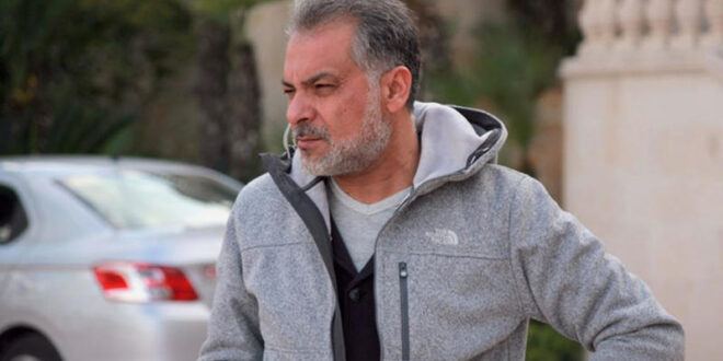 تفاصيل وفاة حاتم علي .. ابنه وجده ميتاً في غرفته