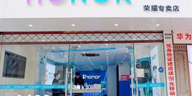 سوق الهواتف الذكية يتعافى ببطء .. لكن هواوي لن تستفيد