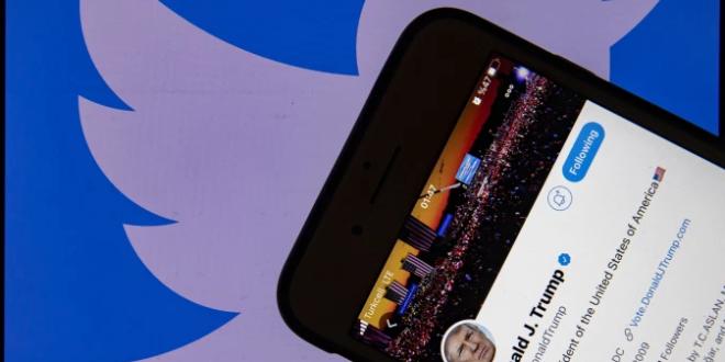 مواقع التواصل الاجتماعي تعاقب ترامب وتهدد بغلق حساباته