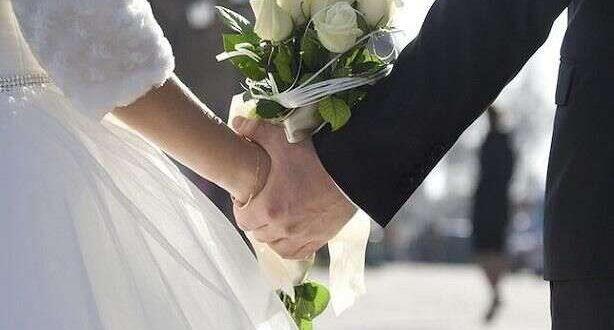 توأم يتزوجن من نفس الرجل لهذا السبب!