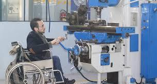 مهندس سوري من حلب... جعل إعاقته سببا لنجاحه وتفوقه.. صور