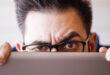 كيف تعرف من يتتبَّعك على شبكة الإنترنت وتوقفه؟