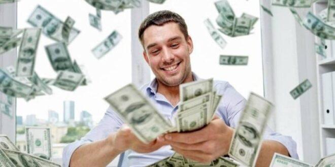 شاب مليونير يكشف عن الطريقة الصحيحة لجني الأموال
