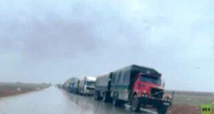 80 شاحنة محملة بالمساعدات الإنسانية عالقة غربي مدينة القامشلي