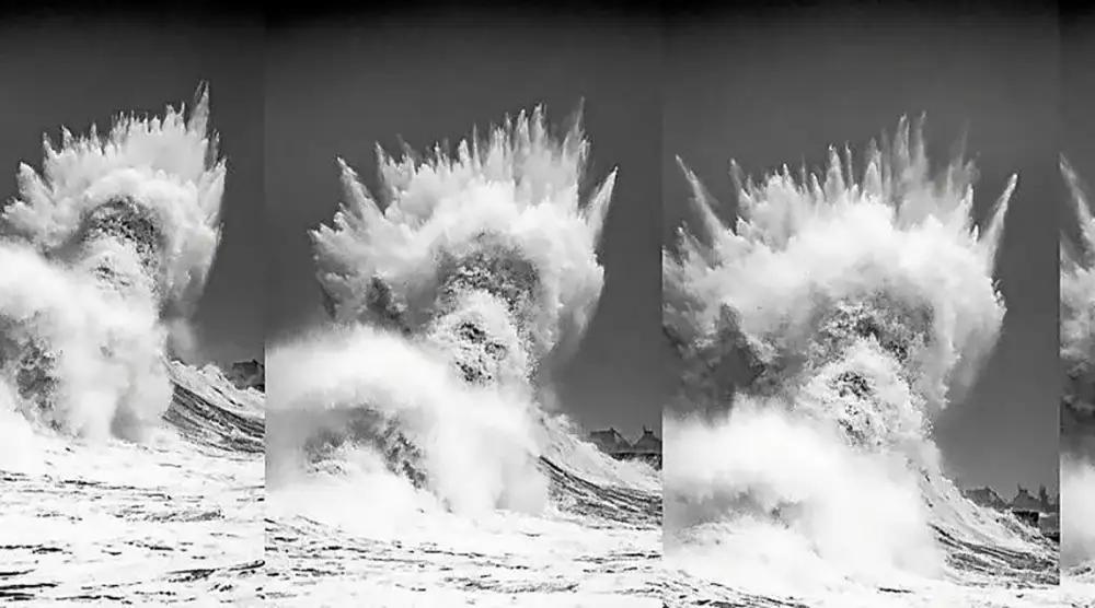 إله البحر