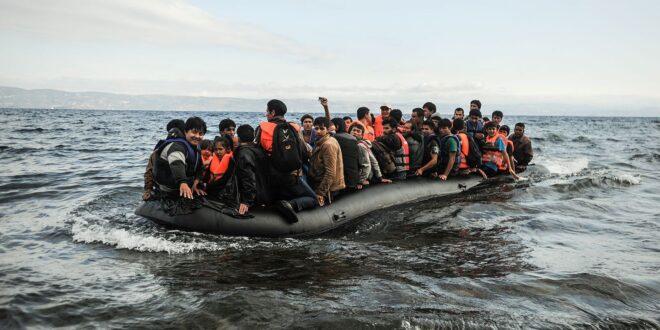 قارب للاجئين سوريون يتعرض للخديعة.. طلعوا من بيروت عقبرص فوصلوا الى طرطوس!