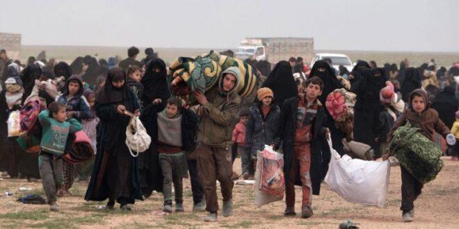 الدفعة ١٢ من المحتجزين داخل مخيم الهول تغادر إلى منازلها بريف حلب